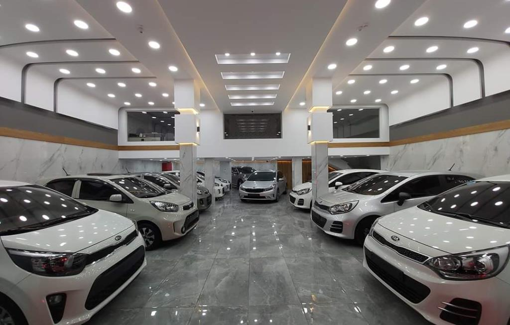AlMohandes Cars Showroom