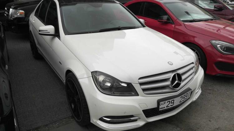 Mercedes Benz C200 2012