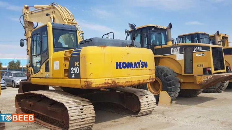 Tracked Excavator Komatsu 2006