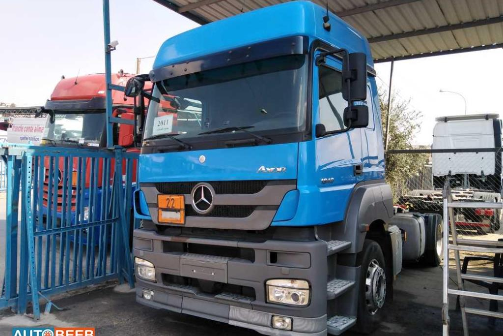 Tractor Unit Mercedes Benz 2011