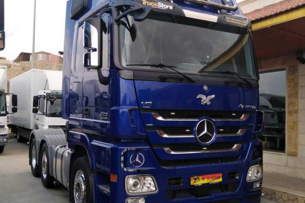 Tractor Unit Mercedes Benz 2013