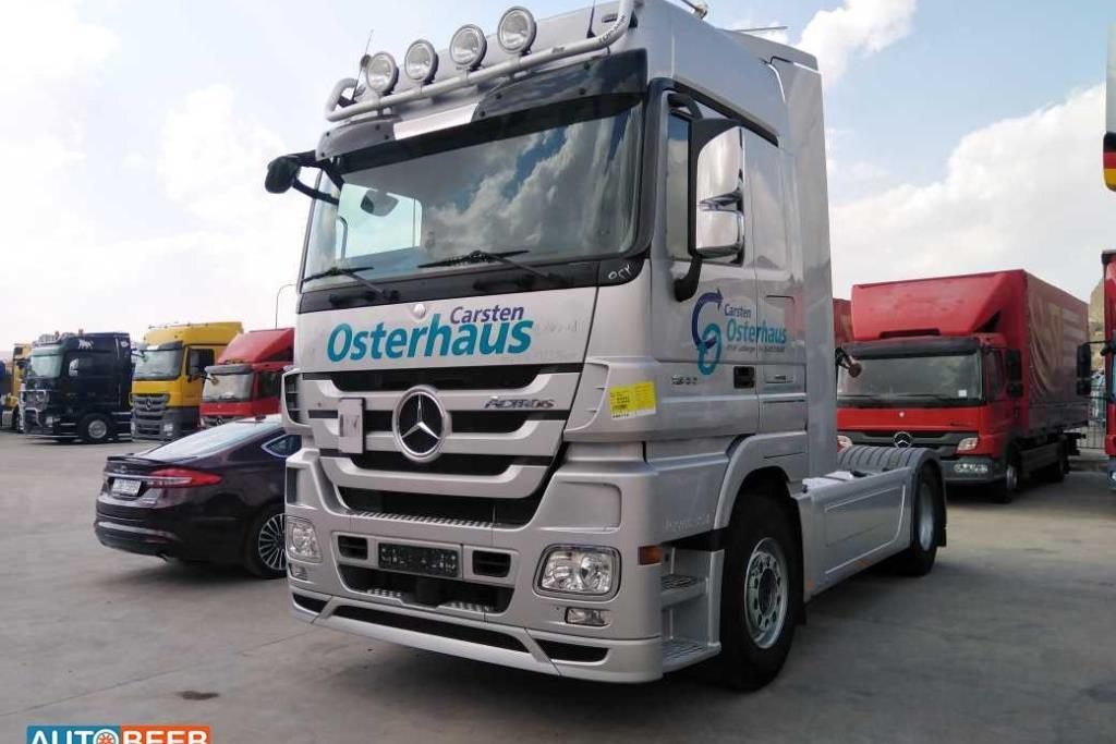 Tractor Unit Mercedes Benz 2010