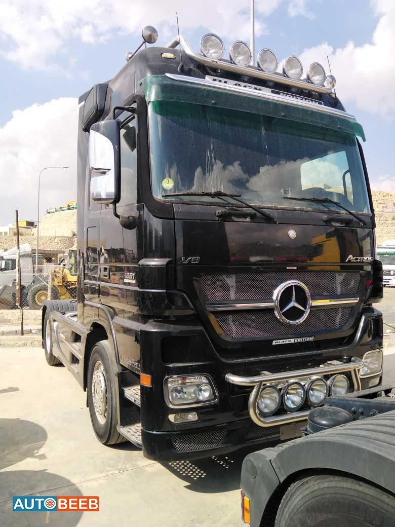 Tractor Unit Mercedes Benz 2005
