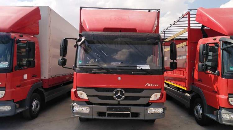 Box Mercedes Benz 2014