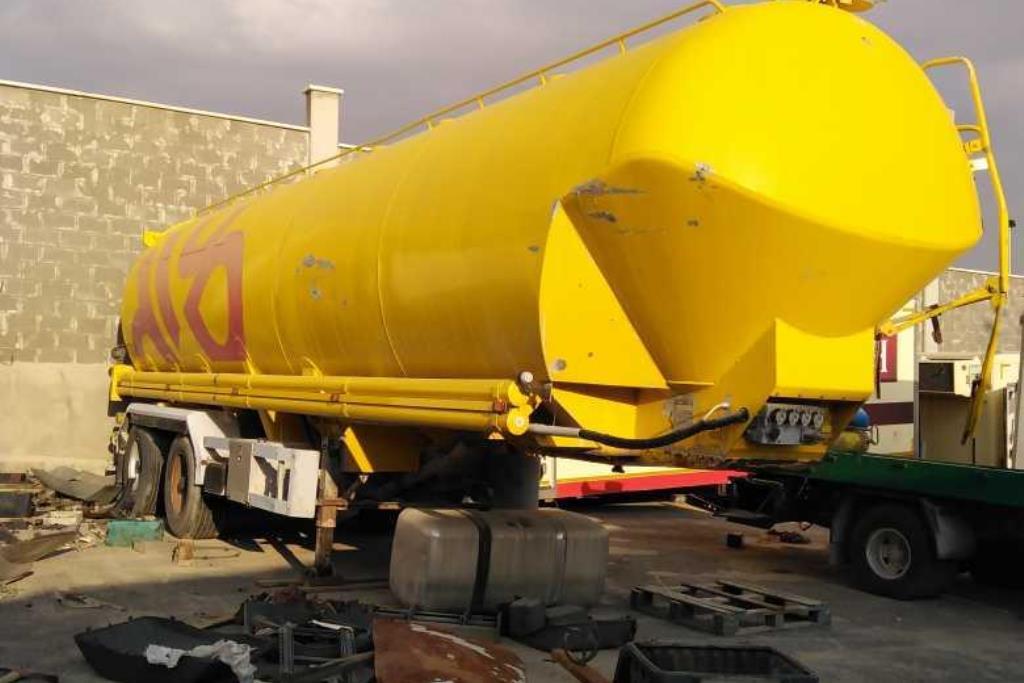 Tank  2005