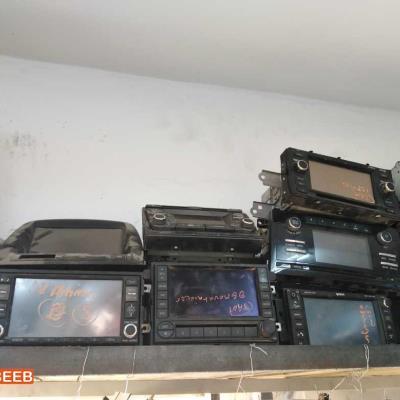 شاشات سيارات تشكيلة واسعة