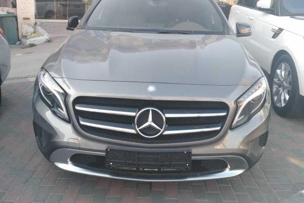 Mercedes Benz GLA220 2016