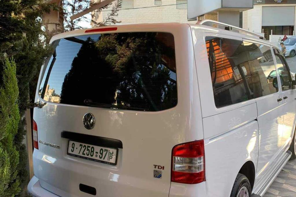 Minibus Volkswagen 2014