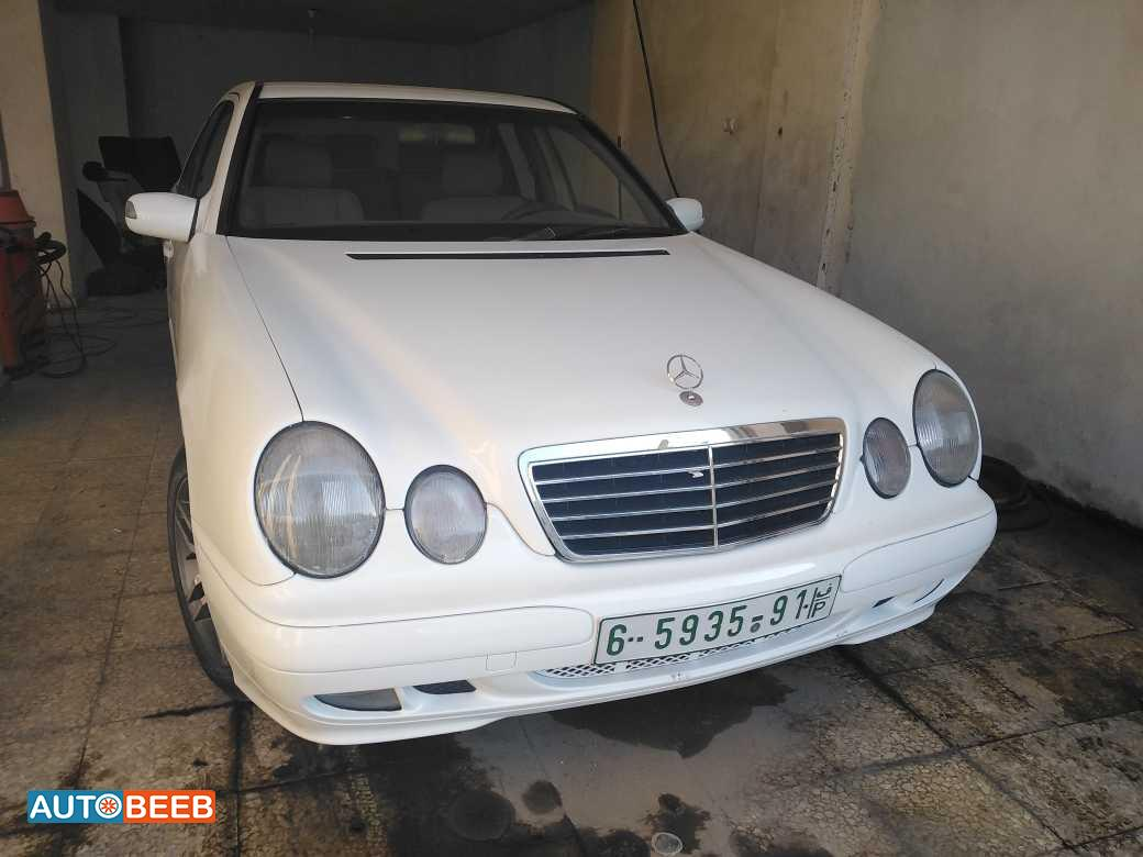 Mercedes Benz E220 2002