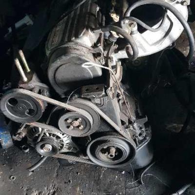محرك لانسر 1995