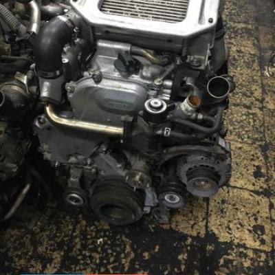 محرك نيسان yD /25 ابيض انتر كولار