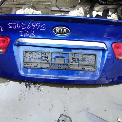 غطا صندوق خلفي كيا فورتي 2010