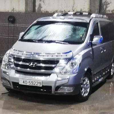 Minibus Hyundai 2013