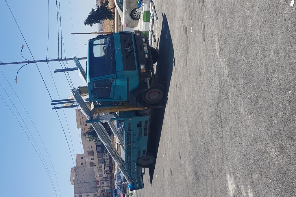 Tow Truck Mercedes Benz 1995