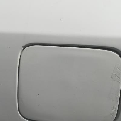 غطا بنزين هونداي XD 2001