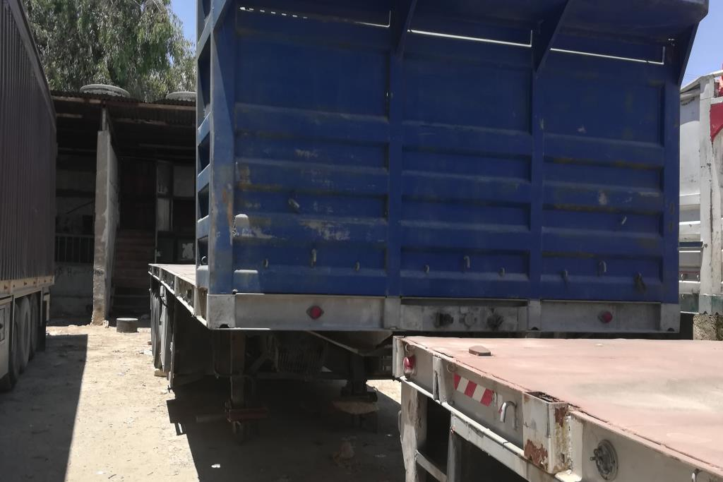 Flatbed With Side  2011