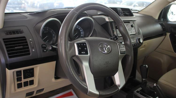 Toyota Prado 2016