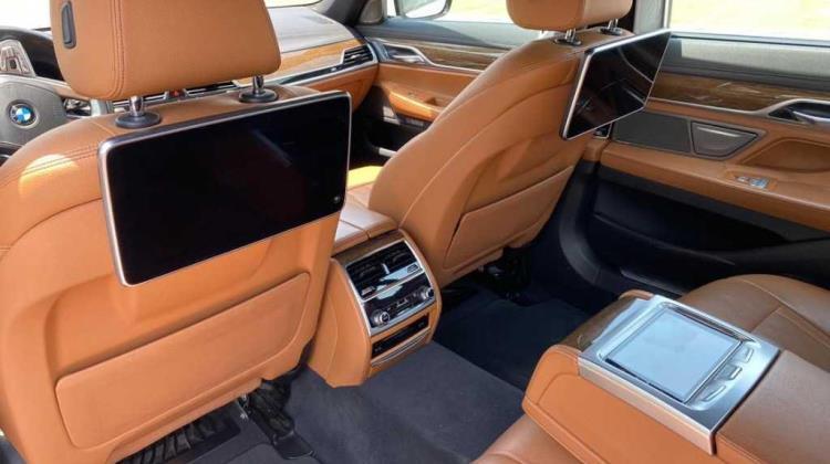 BMW 730 2016