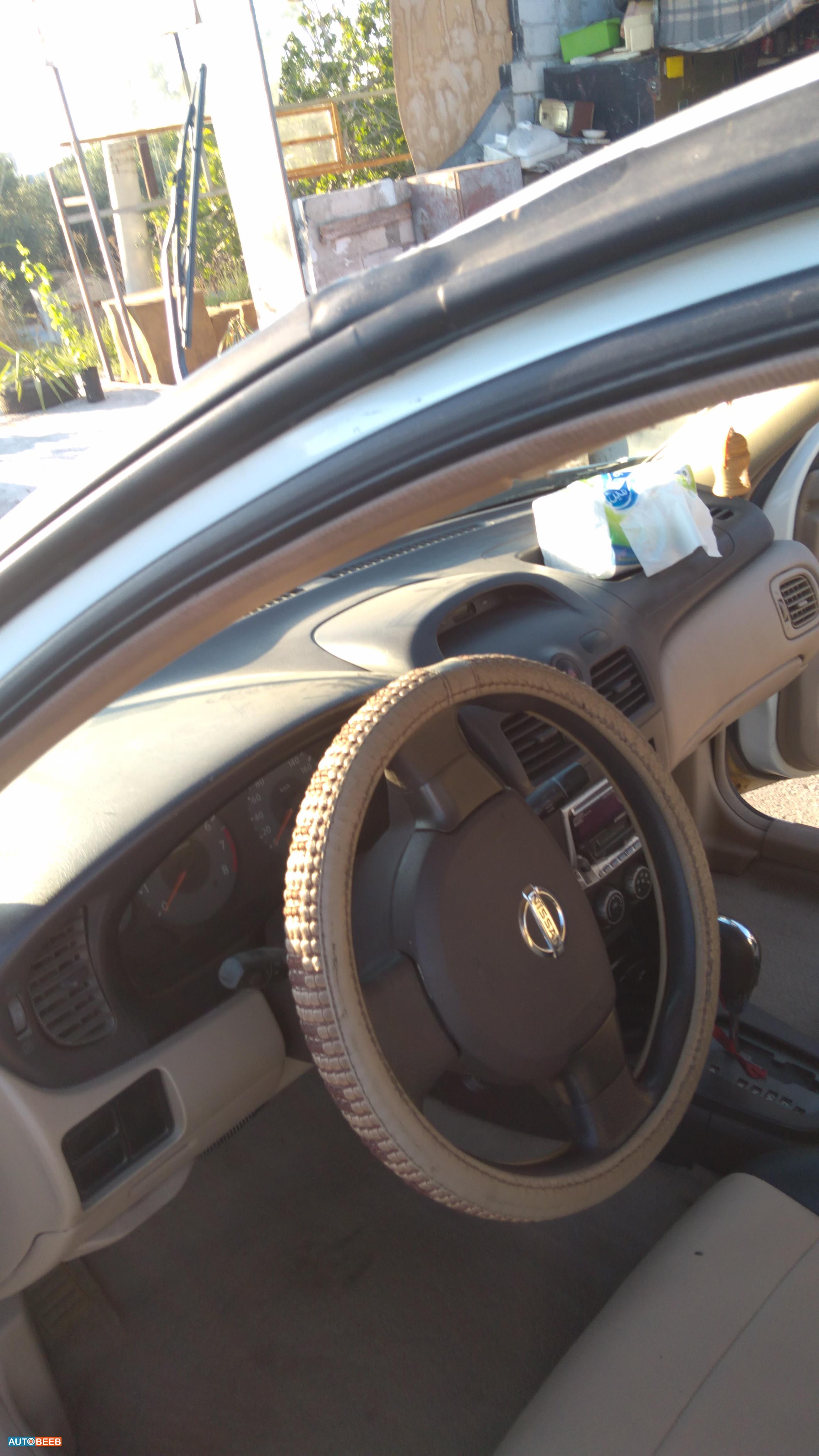 Nissan Sunny 2009