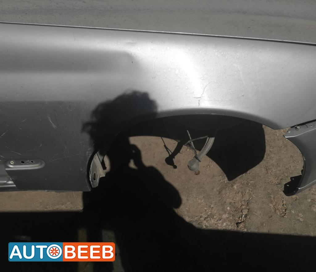 جناح يمين مرسيدس c180 2002 2003 كومبارس