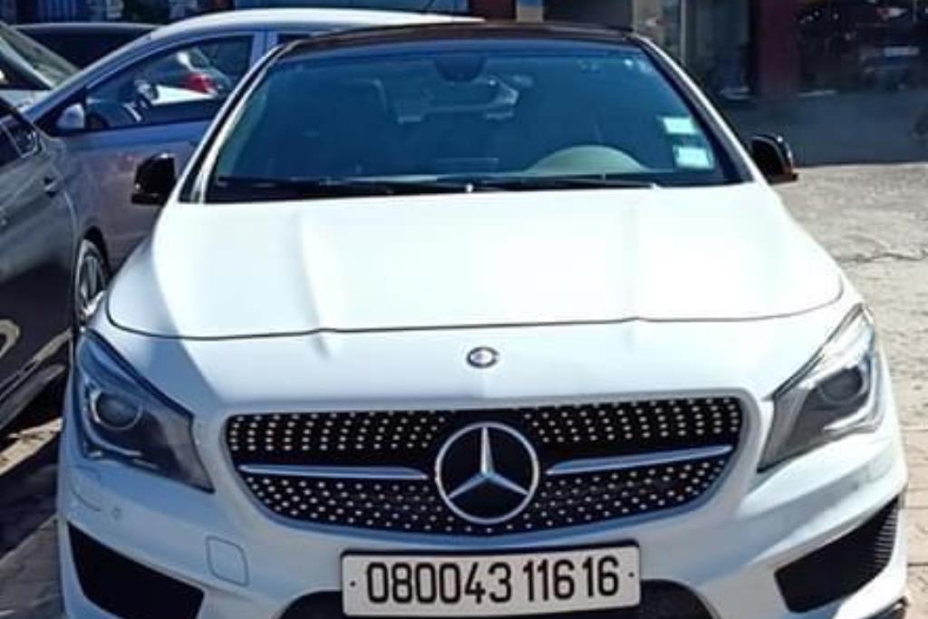 Mercedes Benz CLA250 2016