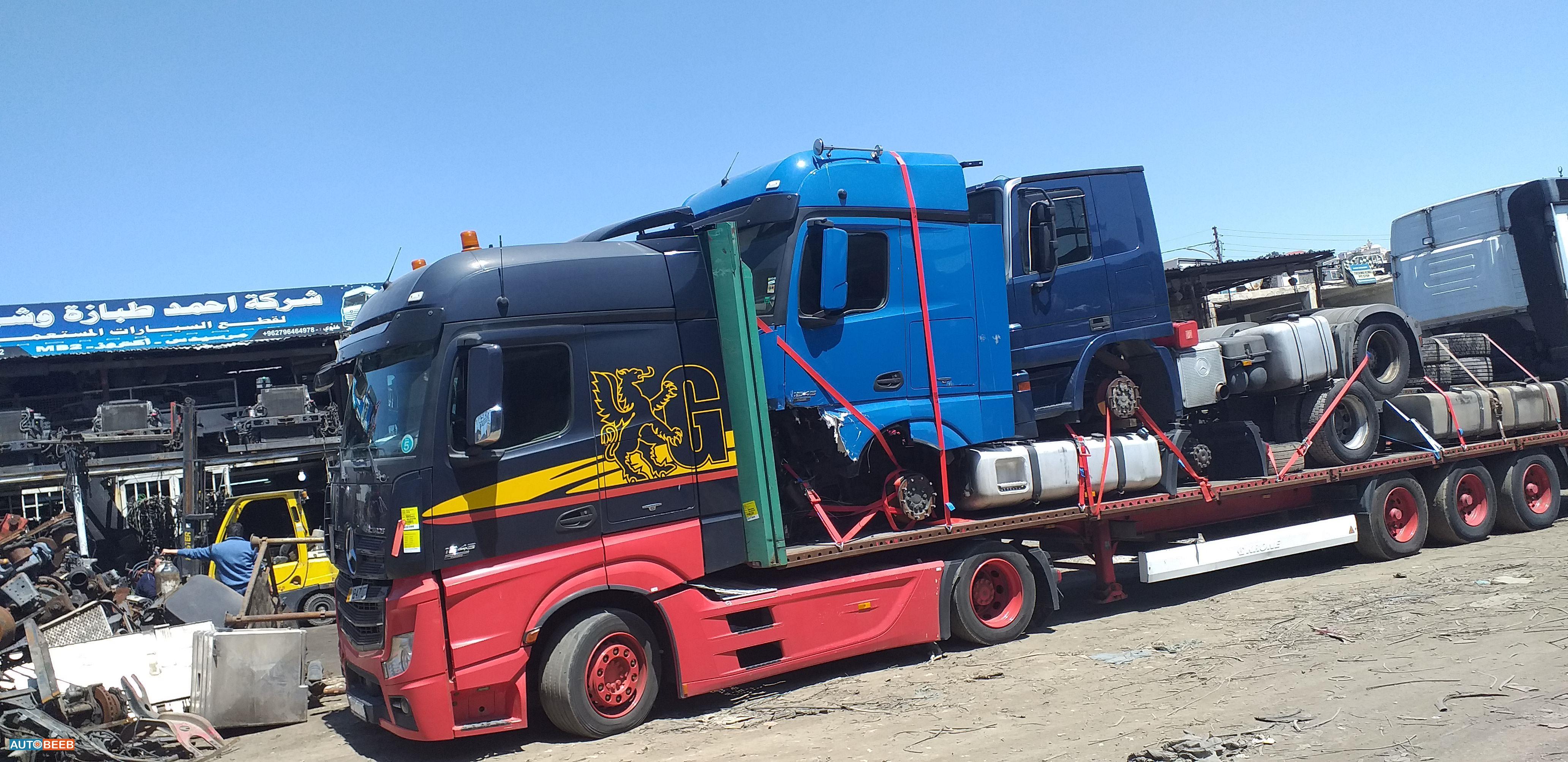 Tractor Unit Mercedes Benz 2009