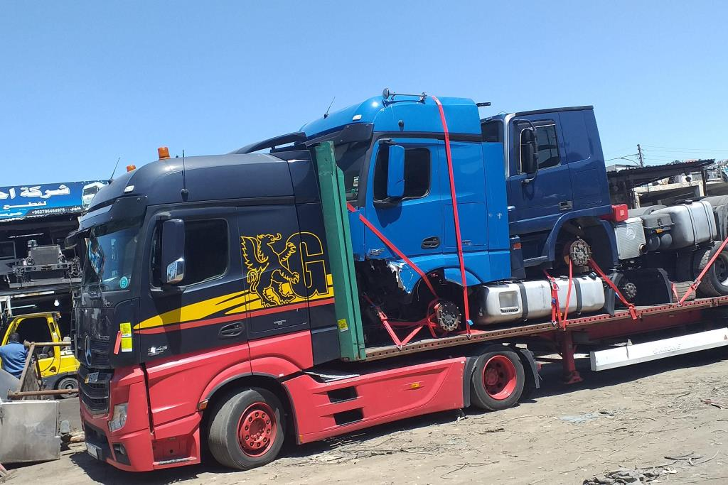 Tractor Unit Mercedes Benz 2009