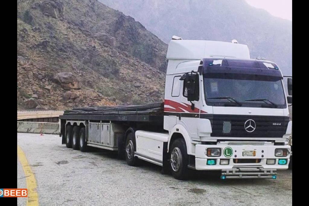 Tractor Unit Mercedes Benz 1990