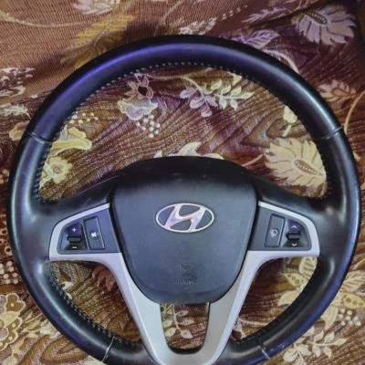 مقود قيادة لهونداي أكسنت