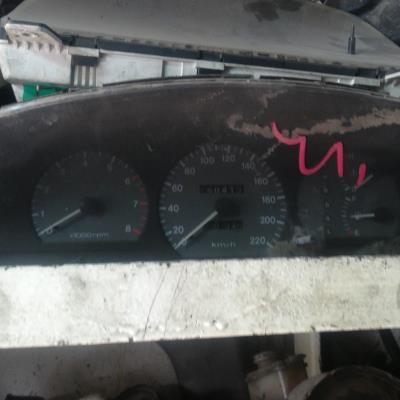 Cabin  Gauges and meters KIA  Sephia