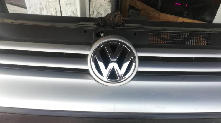 Body  Grilles Volkswagen Golf