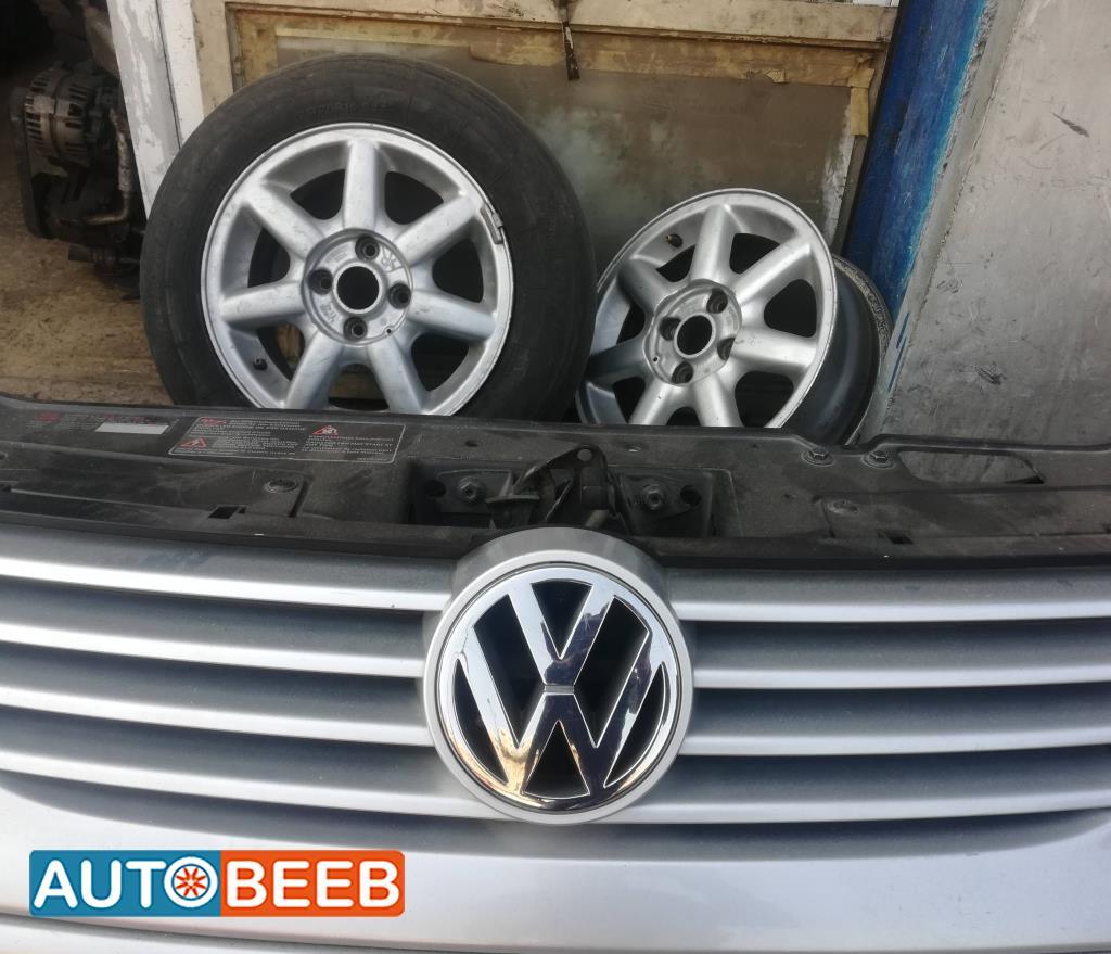 Body  Grilles Volkswagen Polo