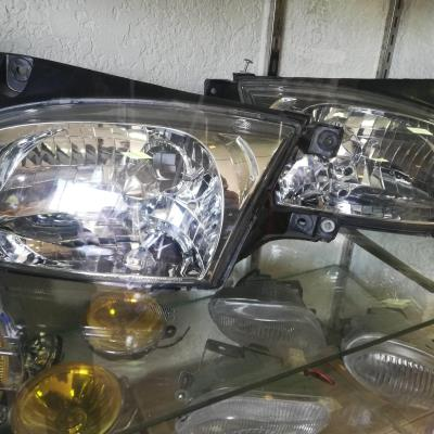 Lights Front light Hyundai Accent