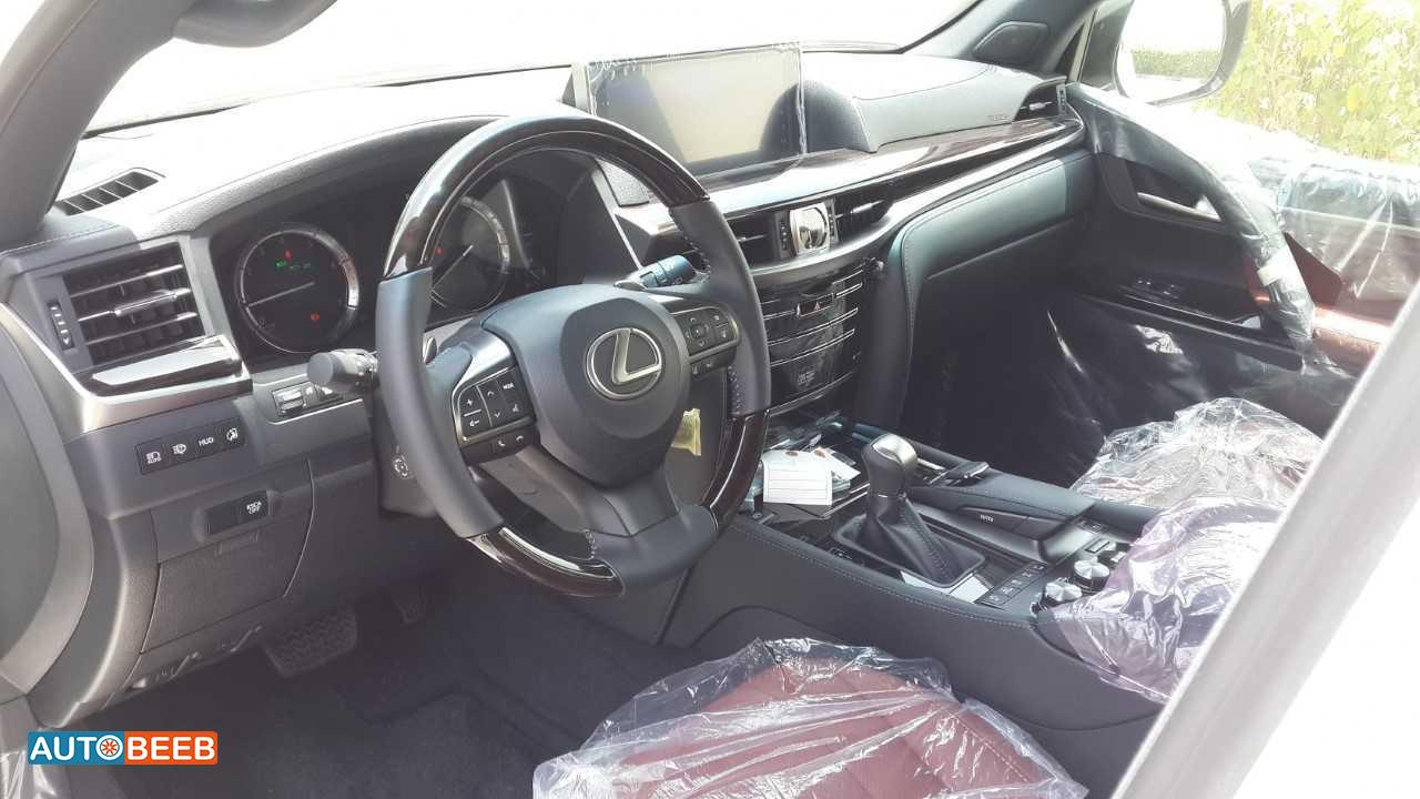 Lexus LX570 2017