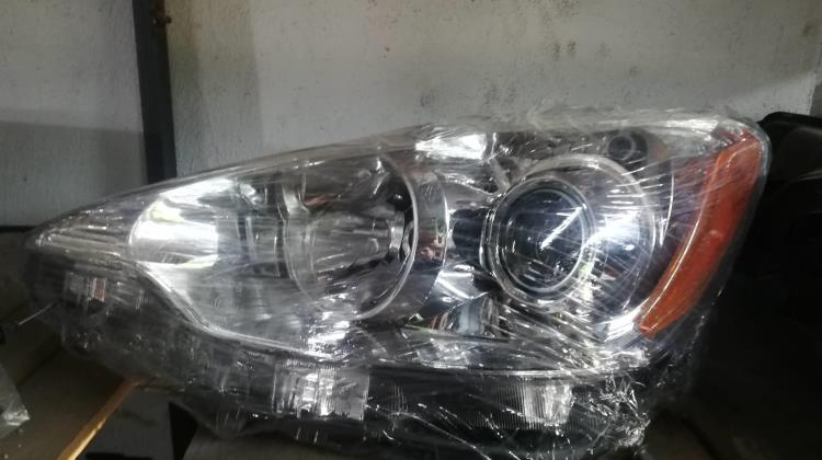 Lights Front light Toyota Prius C