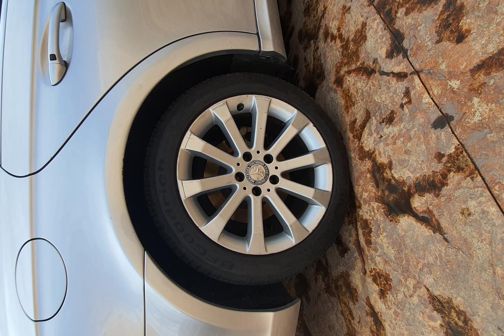 Mercedes Benz CLS350 2009