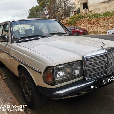 Mercedes Benz E200 1983