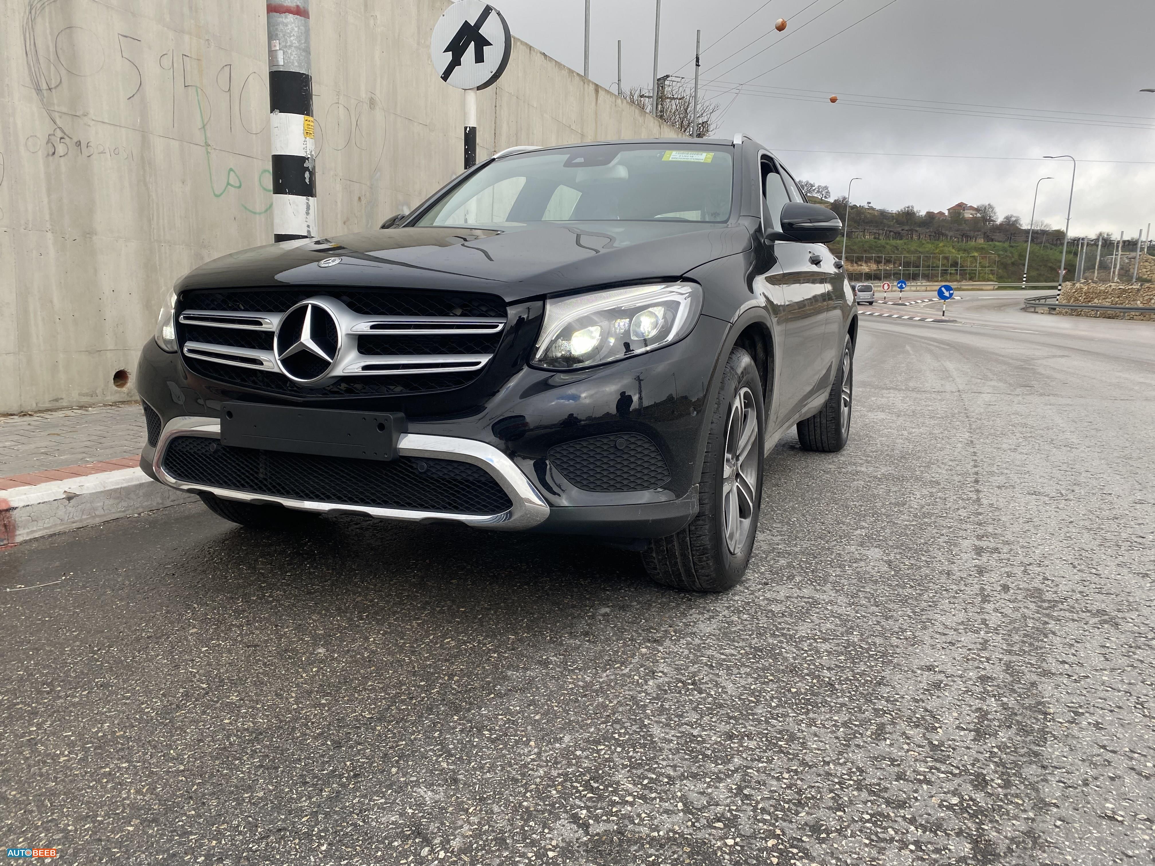 Mercedes Benz GLC250 2019